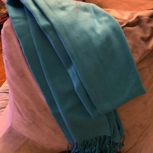 Accessories - Teal scarf